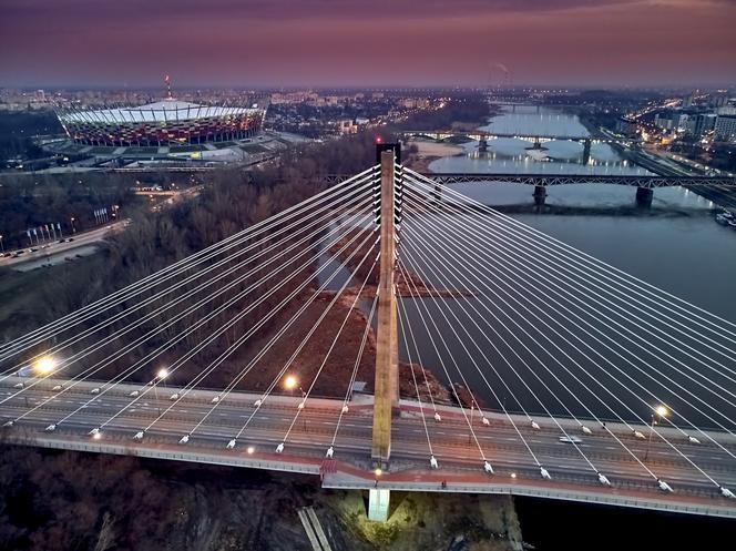 Mosty w Warszawie – sprawdź co o nich wiesz. Quiz