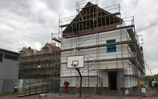 Rozbudowa Szkoły Podstawowej nr 1 w Gostyniu w Zmieniamy Wielkopolskę w Radiu ESKA