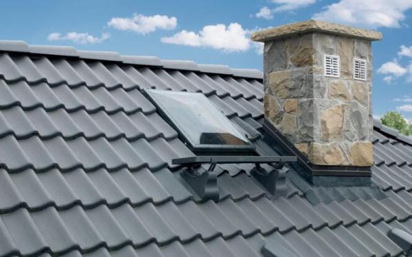 Jak wygodnie i bezpiecznie wejść na dach?