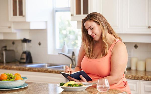 Diet to follow before a bariatric surgery. What and how to eat before a surgery?
