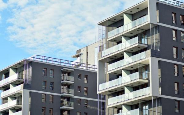 Docieplenie budynku. Kiedy można docieplać budynek na istniejącym dociepleniu?