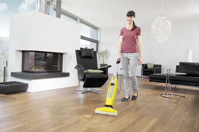 Szybkie mycie podłogi. Jak czyścić wykładziny, płytki, podłogi drewniane?