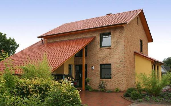 Dachówka ceramiczna – trwałe i niezawodne pokrycie dachu na lata