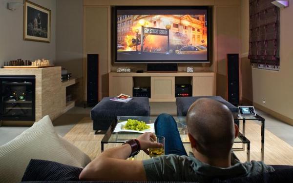 Jakie głośniki do kina domowego?